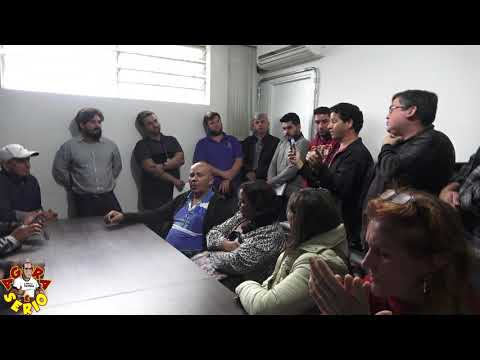 Wagnew o fiscal do povo faz perguntas junto com os Moradores dos Barnabés na reunião da Sabesp na Prefeitura de Juquitiba