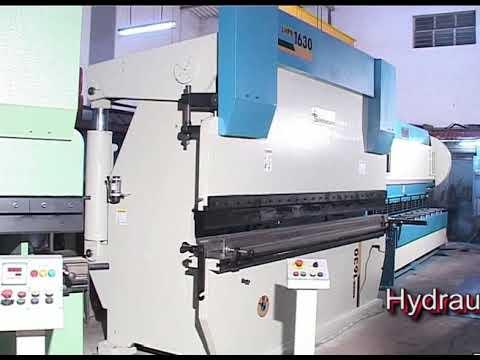 Semi-Automatic Hydraulic Sheet Shearing Machine