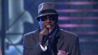 "Lopez Tonight - "" There Goes My Baby "" - Charlie Wilson - Live HD"