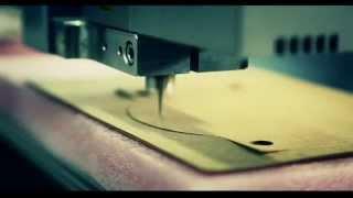 Tangentialmesser   Kundenanwendung Video Schneiden von Eichenfurnier, Holz Furnier mit TangentialmessermodulTangentialmesser   Kundenanwendung Video Schneiden von Eichenfurnier, Holz Furnier mit Tangentialmessermodul Tangentialmesser