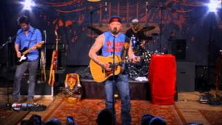 """Stoney LaRue Performs """"First One to Know"""" on The Texas Music Scene"""
