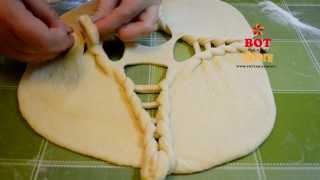 Красивый пирог из дрожжевого теста с капустой и печенью