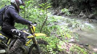 preview picture of video 'GoPro HD Hero 2 Dirt biking Oahu'