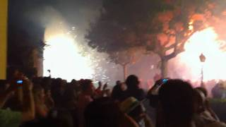 preview picture of video 'Correfoc 2010 - Ducs de Torroella de Montgrí (iphone 4 night video test)'