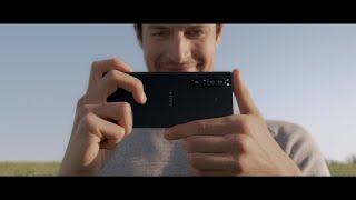 Video 5 of Product Sony Xperia 1 II 5G Smartphone w/ Alpha