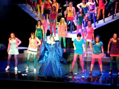 Musicelz - Dancing Queen - Elzendaalcollege Boxmeer