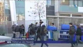preview picture of video 'Blocus du Lycée Hector Berlioz de Vincennes 16/02/2010'