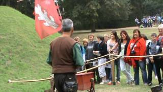preview picture of video 'warwick castle - bowman'