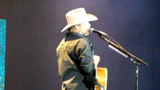 Alan Jackson- Its 5 o'clock somewhere.MOV
