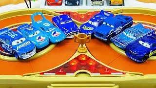 Cars 3 Toys Crazy 8 Demolition Derby Tournament vol 28 Battle of the blue cars The king Doc Hudson