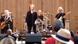 The Zombies - You Make Me Feel Good (Live 8/24/14)