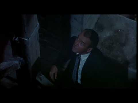 How To Recreate Hitchcock's Famous 'Vertigo Effect'