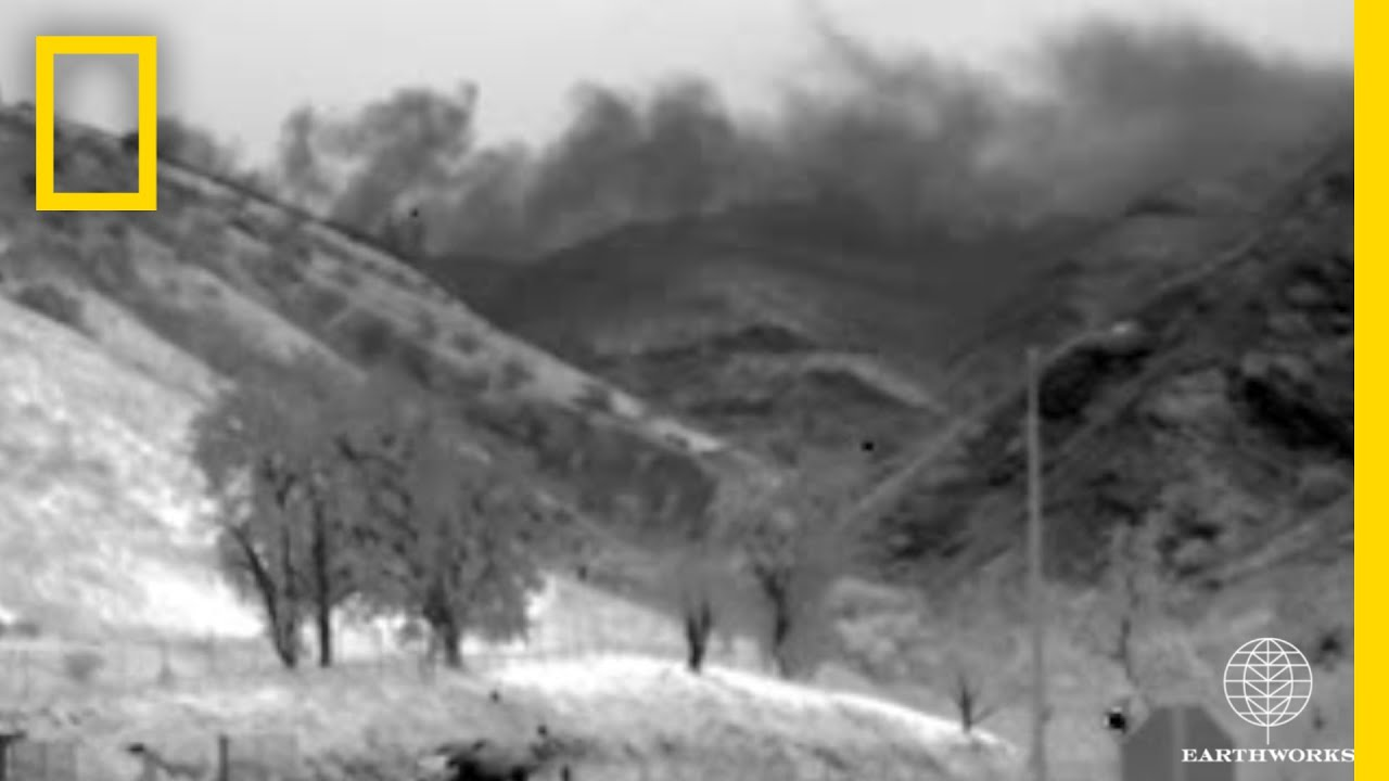 Watch: Massive Gas Leak in California Revealed in Infrared Footage | National Geographic thumbnail