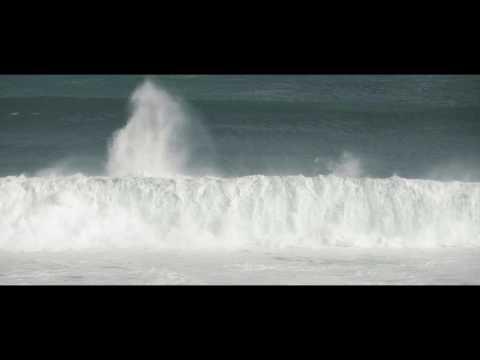 Firing swells at Injidup