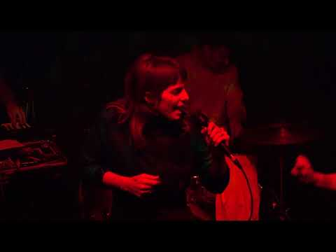U.S. Girls - Island Song (Johnny Brenda's) Philadelphia,Pa 10.31.17