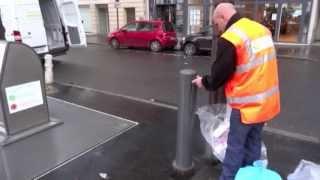 preview picture of video 'Utilisation Système Ecotissus pour la collecte des vêtements à Neuilly- sur- Seine'