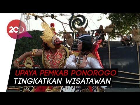 Kolaborasi Musik Jazz dan Reog Ponorogo di Atas Telaga Ngebel