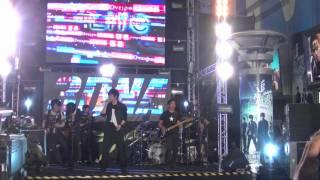 五月天現場live演唱電影主題曲「OAOA (現在就是永遠)」