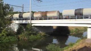preview picture of video 'Vlaky u Kolína.Trains near Kolin(Bohemia). 19.9.2009. Y09(315-27)'
