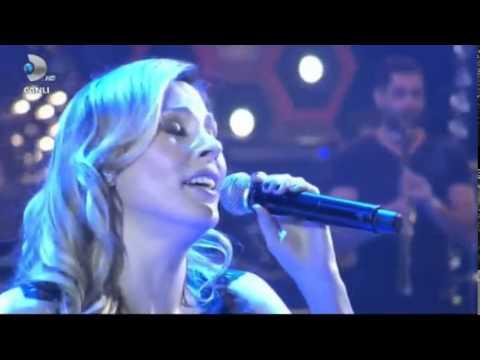 Funda Arar - Sanat Müziği Resitali (Beyaz Show)