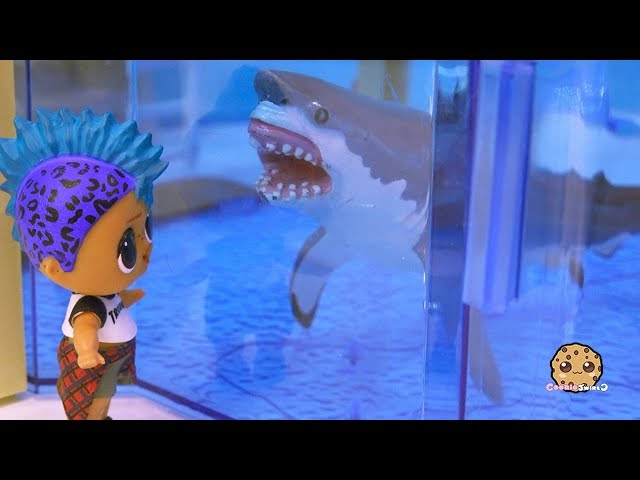 Great White Shark At Aquarium ! LOL Surprise Punk Boi Summer Series Part 5