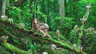 Tę dziewczynę wychowały małpy. Zobaczcie, jak wygląda po latach