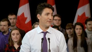 Justin Trudeau defends answering English question in French