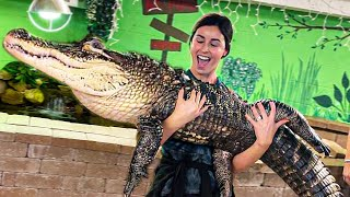 CAN'T BELIEVE SHE HELD MY GIANT ALLIGATOR!!  | BRIAN BARCZYK