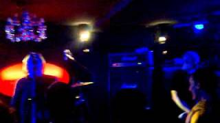 Fu Manchu Neptune's Convoy / live Apartamènto Hoffman 25 03 11