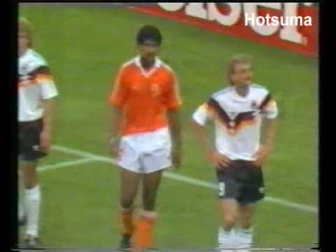 Voller Rijkaard send off