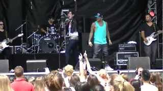 "Danny Fernandes ft Josh Ramsay ""Hit Me Up"" Live in Vancouver"