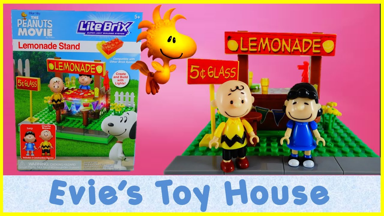 THE PEANUTS MOVIE - Lucy's Lemonade Stand Lite Brix 57002 Review | Evies Toy House