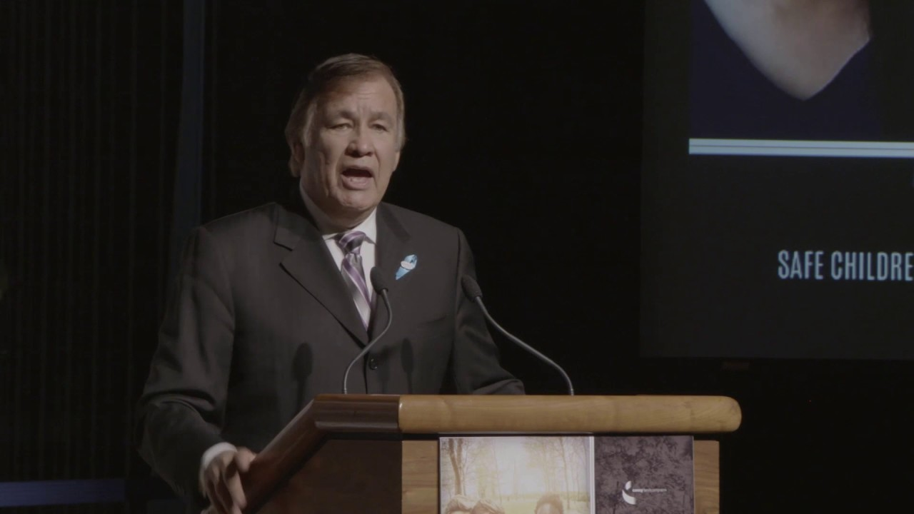 Billy Mills shares story of hope, healing, journey to Olympic gold
