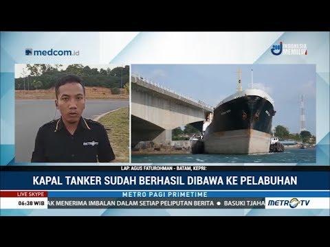 Kapal Tanker Menabrak Jembatan di Batam