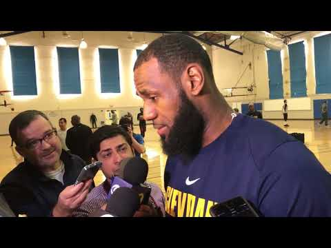 LeBron James reacts to #LABron billboards recruiting him to play Los Angeles Lakers | ESPN
