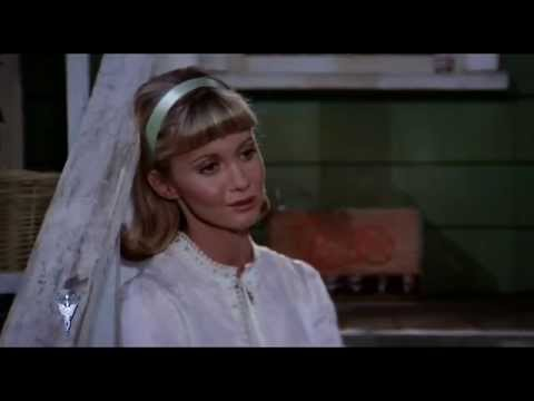 Olivia Newton-John - Hopelessly Devoted to You (HD)