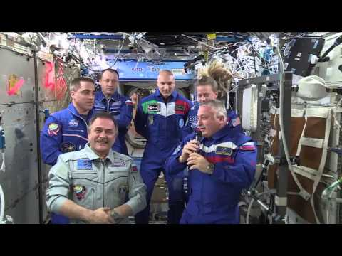 Expedition 36 Change of Command Ceremony
