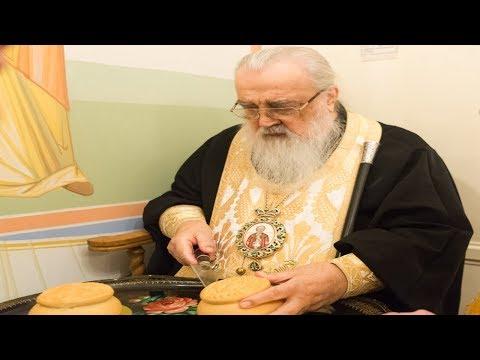 Божественная литургия в день памяти Филарета Милостивого в храме Минского епархиального управления.