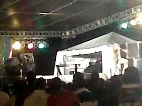 SOYAH PERFORMING LIVE @ LOVEFEST 10TH ANNIVERSARY