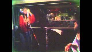 "Linda Ronstadt - ""Lose Again"" (Official Music Video)"