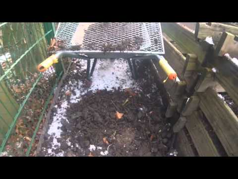 Alte Erde wieder frisch gemacht / Bio Dünger / Kompost / Laub