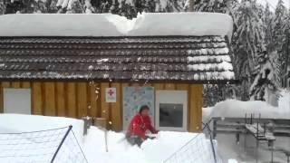 Лавина с крыши