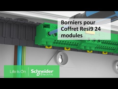 Montez des borniers dans un coffret Resi 9 24 modules