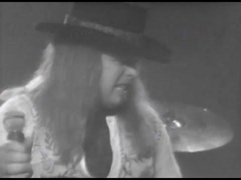 Lynyrd Skynyrd - Workin' For MCA - 7/13/1977 - Convention Hall (Official)