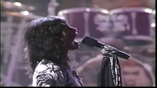 Aerosmith - Love in an Elevator (1990 MTV Awards)