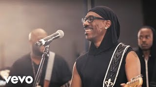 """Video thumbnail of """"Eddie Murphy - Red Light  ft. Snoop Lion (Official Video)"""""""