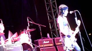 Joan Jett - French Song - Hollywood Park 4-23-10