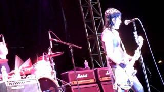 Joan Jett - French Song - Hollywood Park 4-23-10