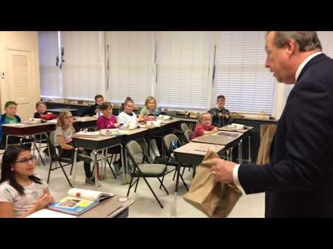 Video: Weber City students receive new books