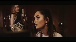 Jasmine Thompson, Sabrina Carpenter - Sign Of The Times (Cover)